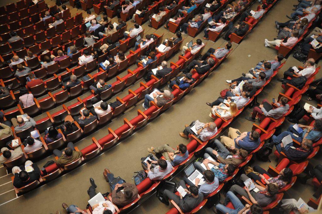 Abogados Medellín, Derecho administrativo Auditorio de enseñanza